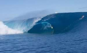 Teahupo'o waves, Tahiti